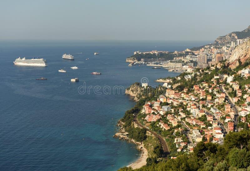 Il Monaco e Roquebrune-Cappuccio-Martin, Cote d'Azur di Riviera francese immagine stock libera da diritti
