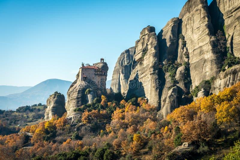 Il monastero santo di Rousanou/st Barbara in Meteora, Grecia fotografia stock libera da diritti