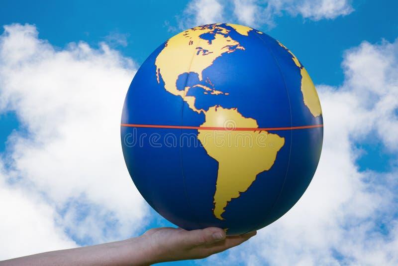 Il mondo in nostre mani immagine stock libera da diritti