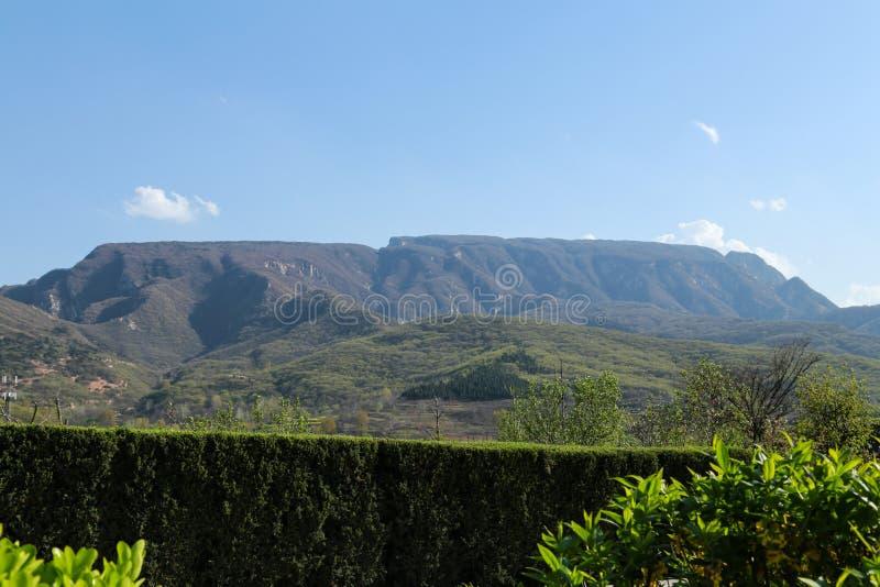 Il Monte Song fotografie stock libere da diritti