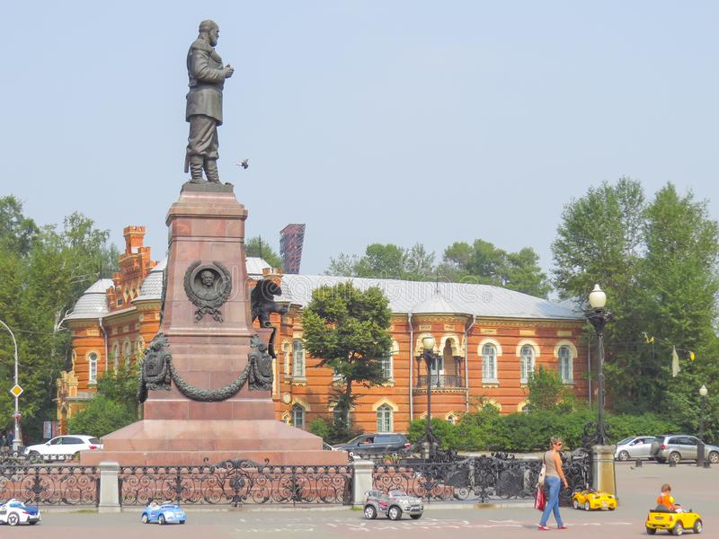 Il monumento di IThe a Irkutsk ? stato eretto in onore dell'imperatore russo Alessandro III nel 1908 immagini stock