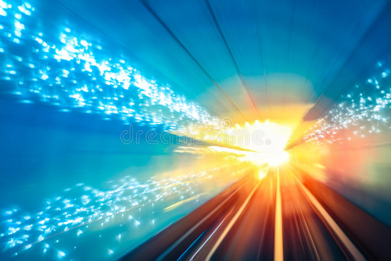 Il moto del tunnel digiuna fondo fotografia stock libera da diritti