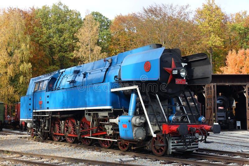 Il motore a vapore storico ha chiamato ' PAPOUSEK' nel museo di ferrovie ceco Luzna u Rakovnika, repubblica Ceca, Europa fotografia stock libera da diritti