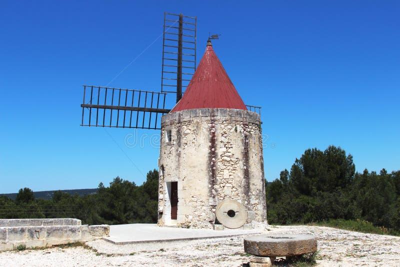 Il mulino a vento San Peter, Francia di Daudet fotografia stock libera da diritti