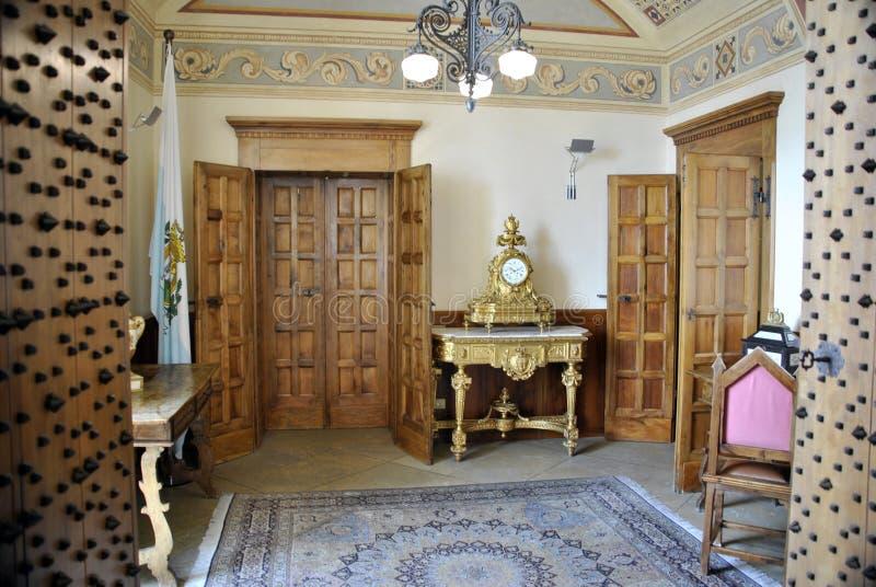 Il municipio della città di San Marino, la sua costruzione ufficiale di governo immagini stock libere da diritti