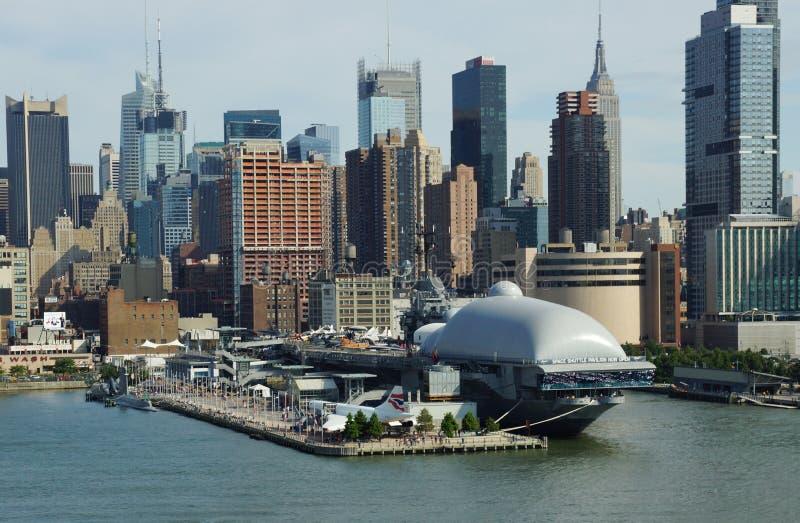 Il museo intrepido del mare, dell'aria e di spazio New York City fotografia stock