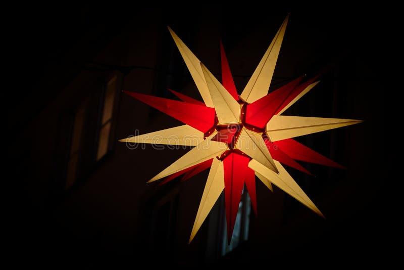 Il Natale brillante star nella città di Magdeburgo fotografie stock
