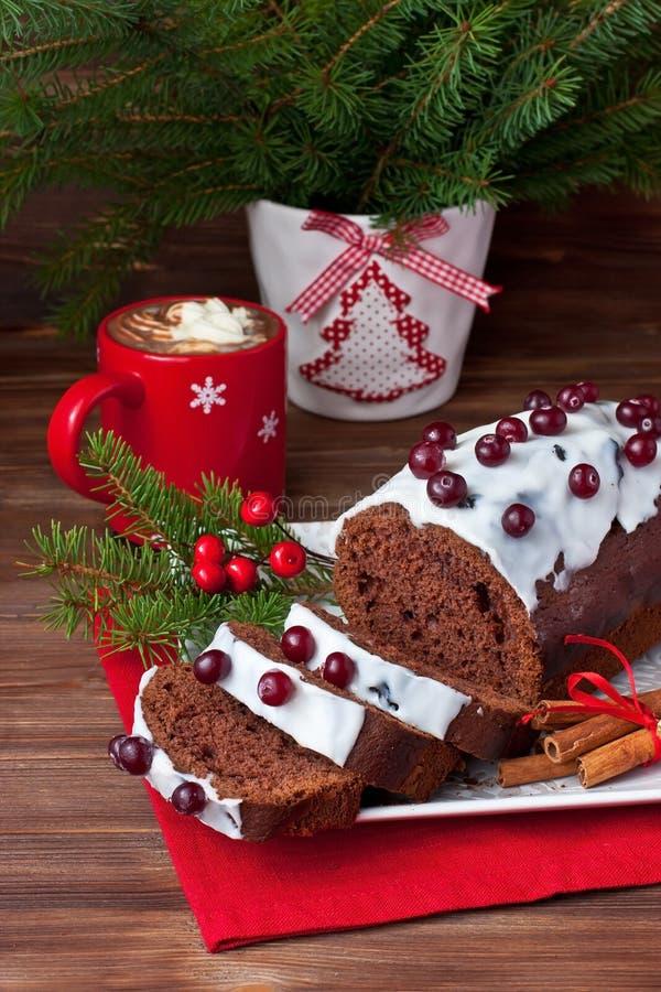 Il Natale casalingo tradizionale del cioccolato agglutina fotografie stock libere da diritti