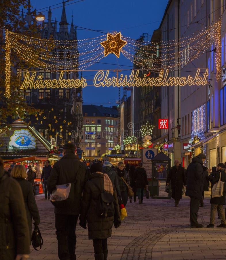 Il Natale commercializza a Monaco di Baviera immagini stock libere da diritti