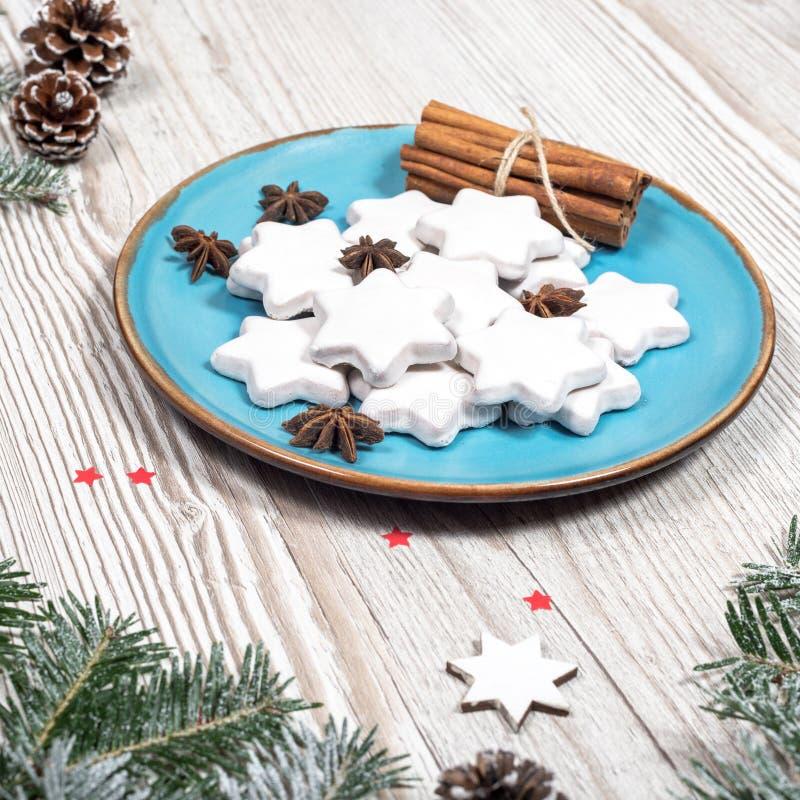 Il Natale placca con i dolci fotografia stock