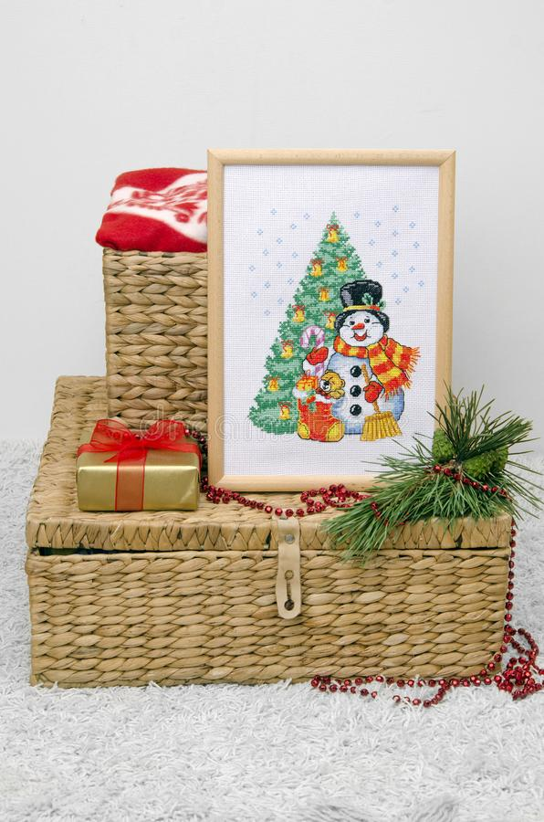 Il Natale si dirige la struttura di ricamo della decorazione Regalo, presente immagini stock