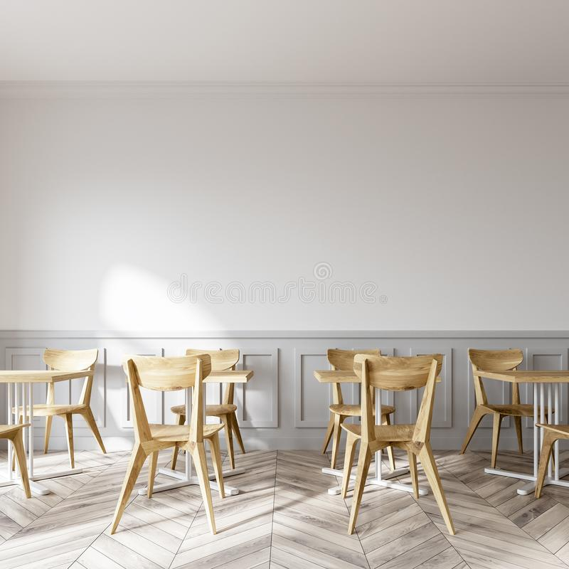 Il negozio di caffè macchiato moderno, sedie di legno si chiude su royalty illustrazione gratis