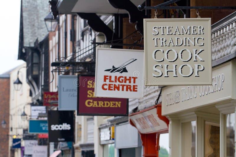 Il negozio firma dentro Chester, Inghilterra fotografia stock libera da diritti
