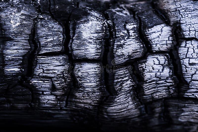 Il nero naturale del carbone della legna da ardere è il carburatore nero leggero fotografia stock libera da diritti