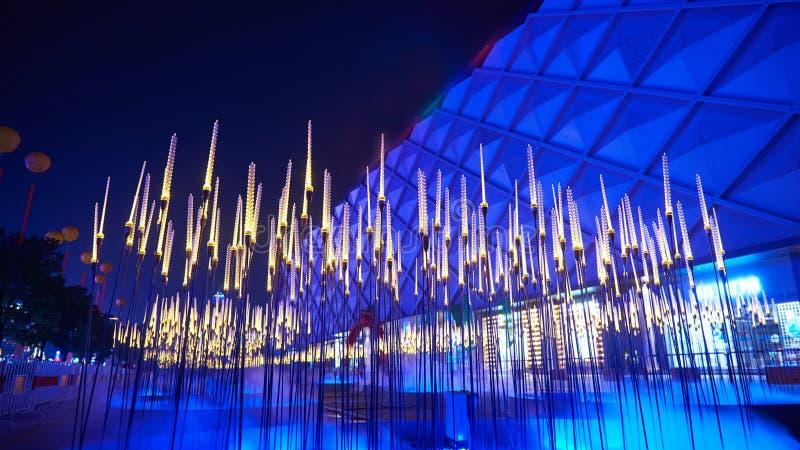 Il nightscape della città ha condotto l'illuminazione immagine stock libera da diritti