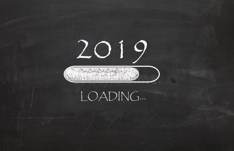 Il nuovo anno 2019 sta caricando immagini stock
