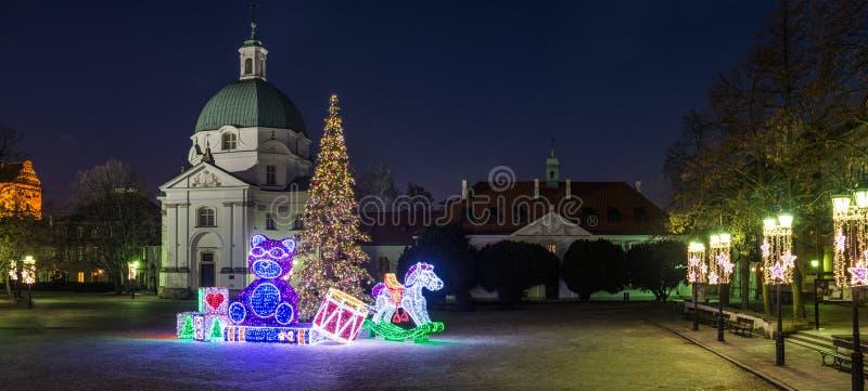 Il nuovo mercato di Varsavia alla notte di Natale fotografie stock libere da diritti