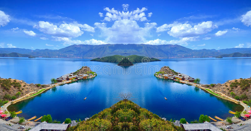 Il paesaggio incantevole del lago Lugu fotografie stock libere da diritti
