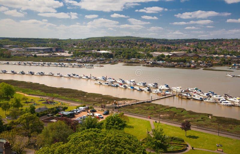 Il paesaggio intorno della città di Rochester include il fiume Risonanza e l'yacht club immagine stock libera da diritti