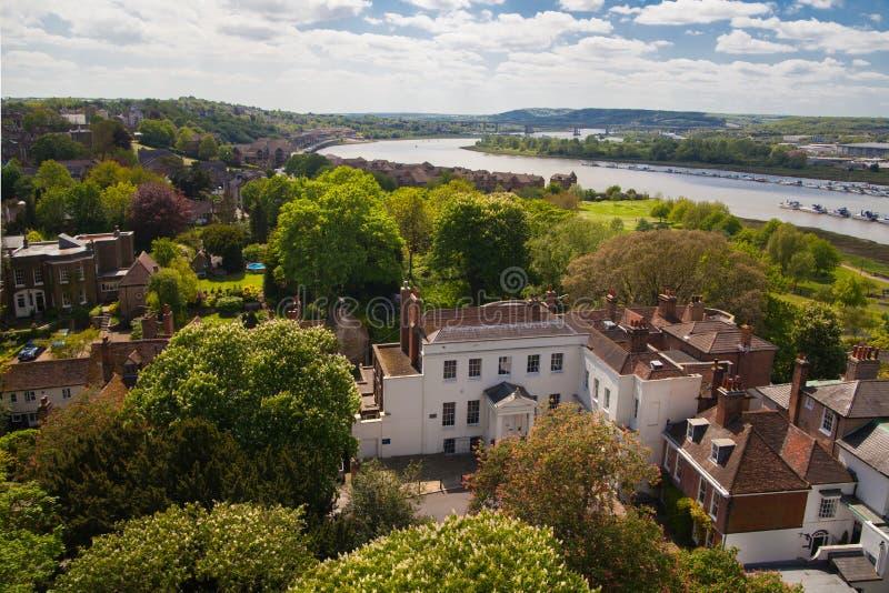 Il paesaggio intorno della città di Rochester include il fiume Risonanza e l'yacht club immagini stock libere da diritti