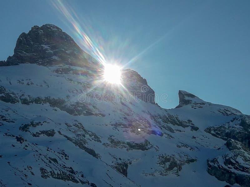 Il paesaggio invernale di Engelberg in Svizzera immagini stock