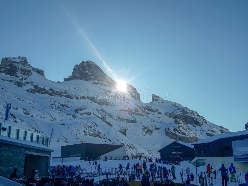 Il paesaggio invernale di Engelberg in Svizzera fotografie stock