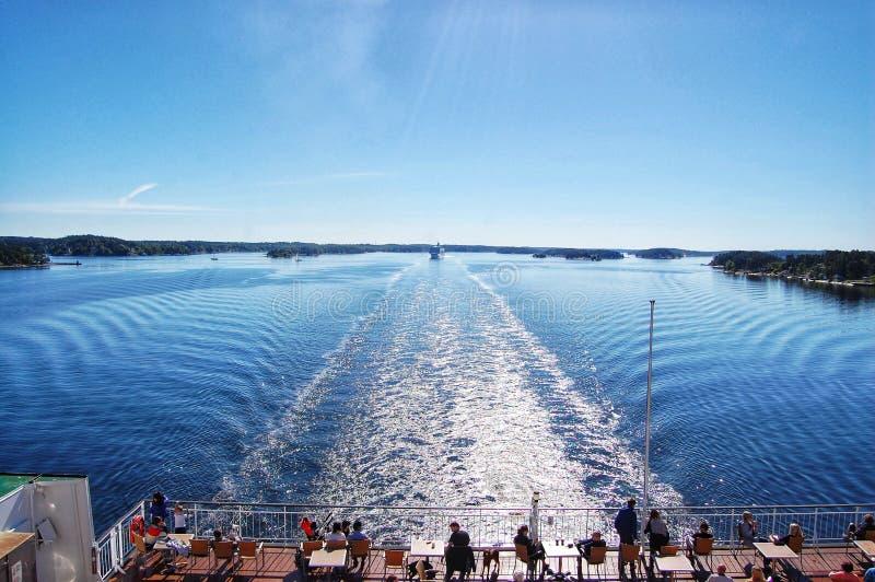 il paesaggio ondeggia dalla nave fotografia stock libera da diritti