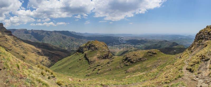 Il paesaggio panoramico del Tugela cade aumento, le montagne Sudafrica di Drakensberg fotografia stock libera da diritti