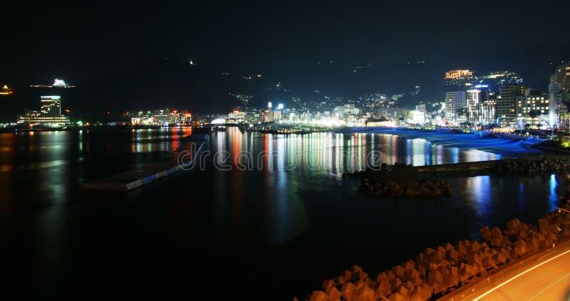 Il paesaggio urbano di notte di Izu fotografia stock libera da diritti