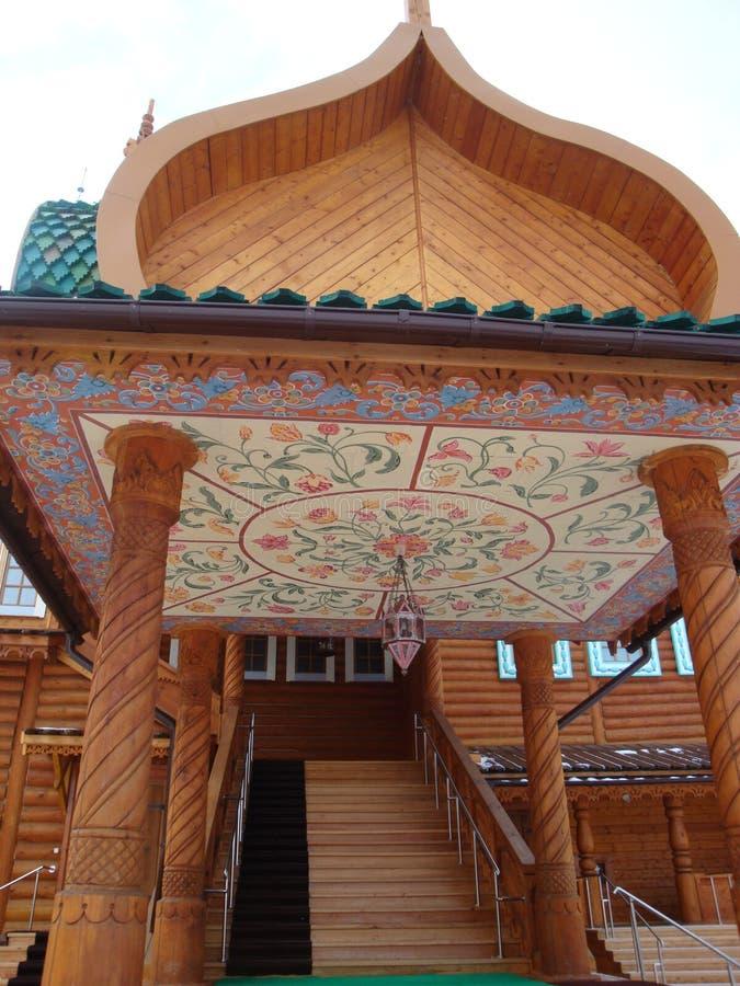 Il palazzo di Kolomna dello zar Alexei Mikhailovich Royal Palace di legno costruito nel villaggio di Kolomenskoye vicino a Mosca immagine stock libera da diritti