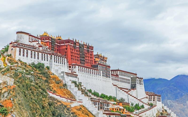 Il palazzo di Potala nel Tibet immagini stock libere da diritti