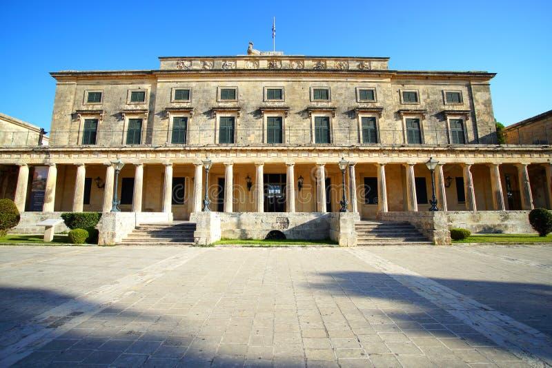 Il palazzo di St Michael e di San Giorgio ha fatto nel quadrato di Spianada immagine stock