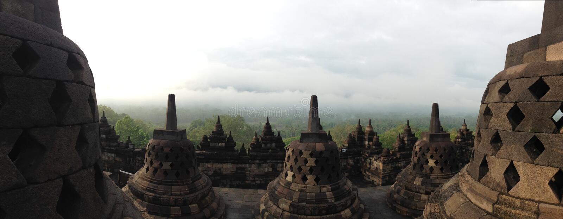 Il panorama del tempio di Borobudur immagine stock