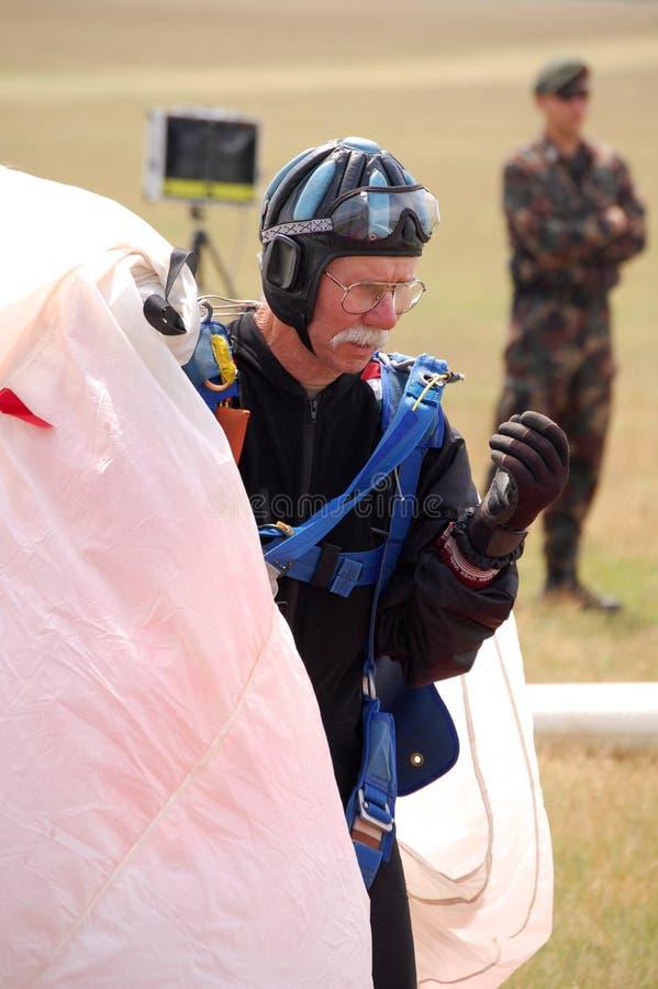 Il paracadutista immagine stock libera da diritti