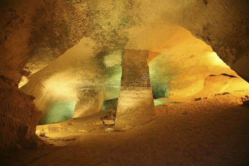 Il parco nazionale di Beit Guvrin Mareshah Caverna multicolore immagini stock