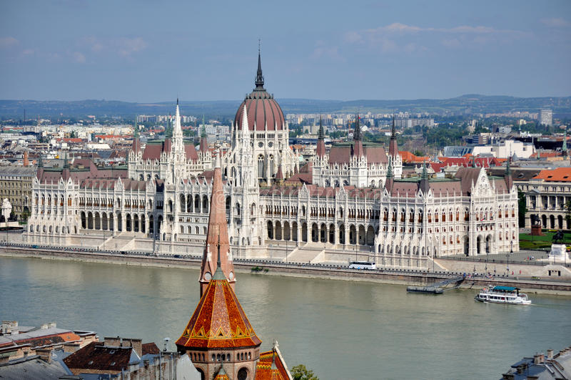 Il Parlamento alloggia a Budapest immagine stock libera da diritti