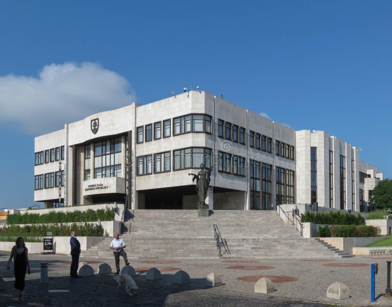 Il Parlamento della Slovacchia a Bratislava immagini stock libere da diritti