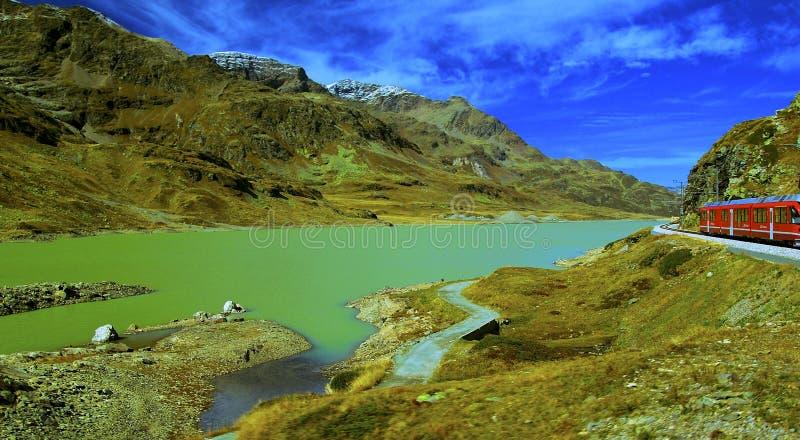 Il passaggio Lago Bianco immagini stock libere da diritti