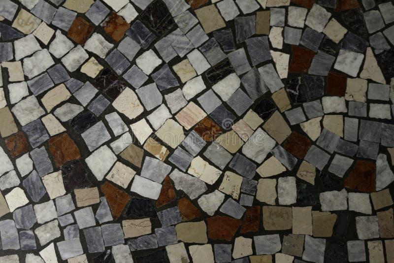 Il pavimento di mosaico multicolore storico si è chiuso su fotografia stock libera da diritti