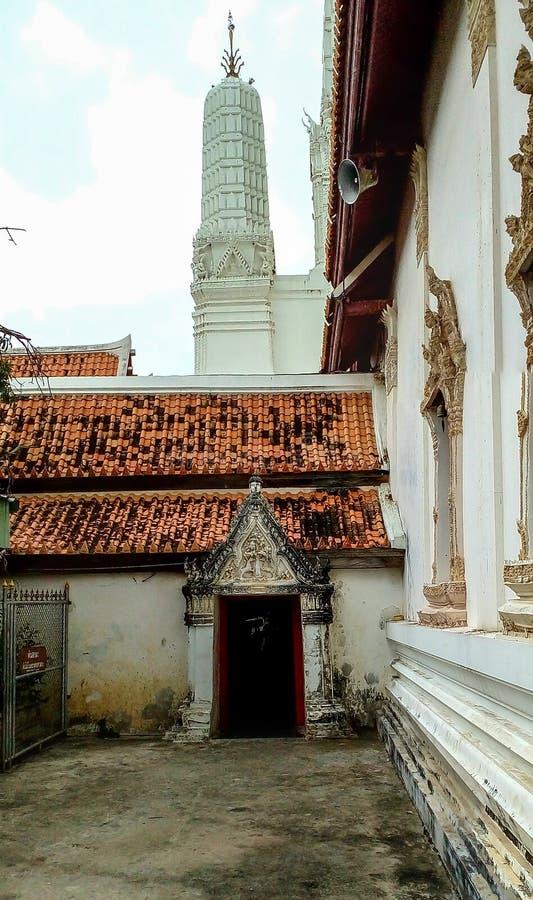 Il più vecchio tempio in Petchaburi, statua della Tailandia Buddha nella H fotografia stock