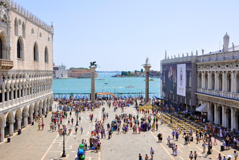 Il Piazzetta San Marco, vista dalla basilica di St Mark a Venezia. immagine stock libera da diritti
