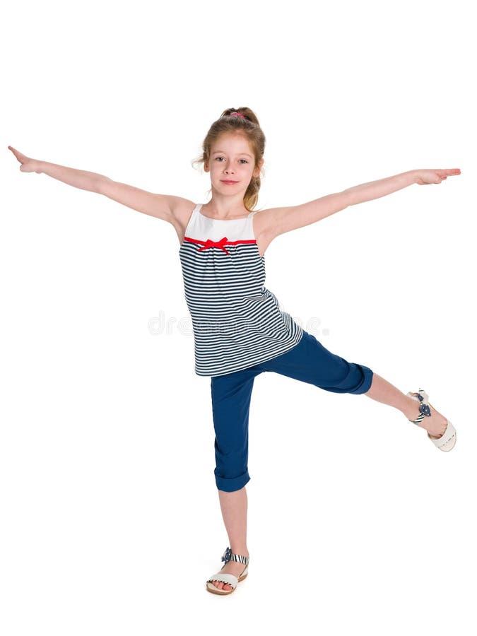 Il piccolo ballerino fa gli esercizi fotografie stock libere da diritti