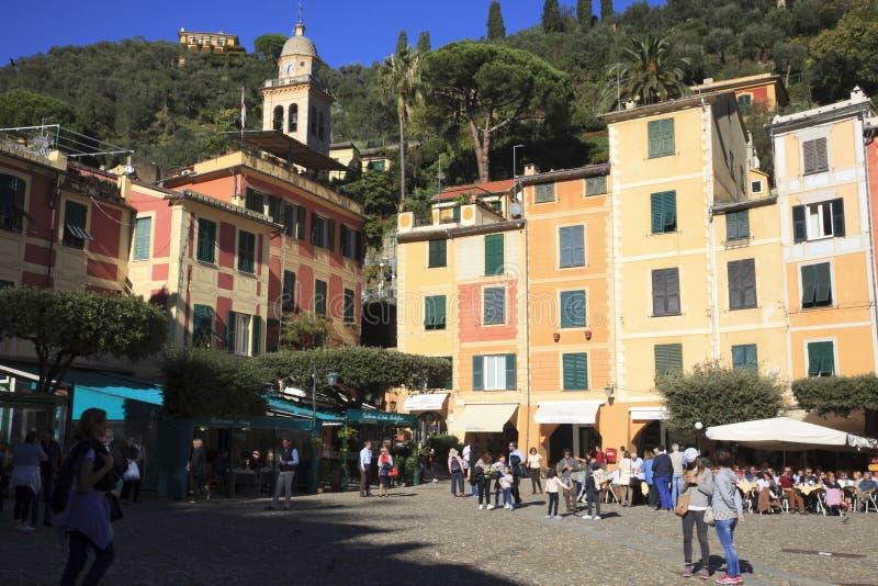 Il piccolo quadrato in Portofino, Genova, Liguria, Italia immagini stock