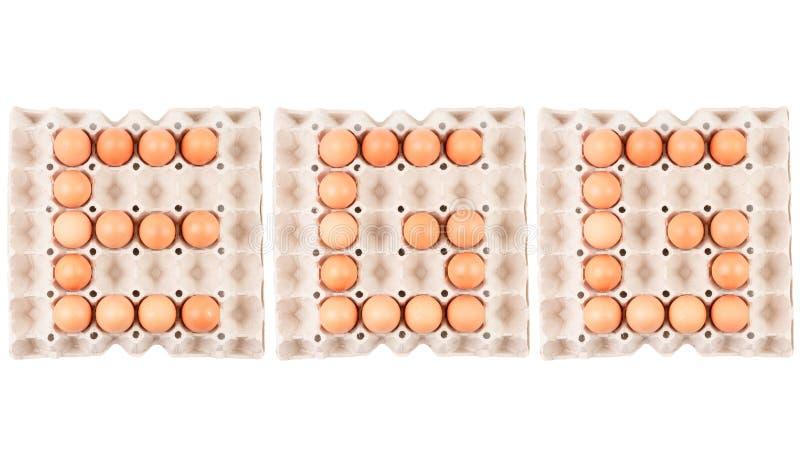 Il pollo che le uova in contenitore di vassoio del contenitore di carta hanno sistemato la parola inglese è ` dell'UOVO del ` immagine stock