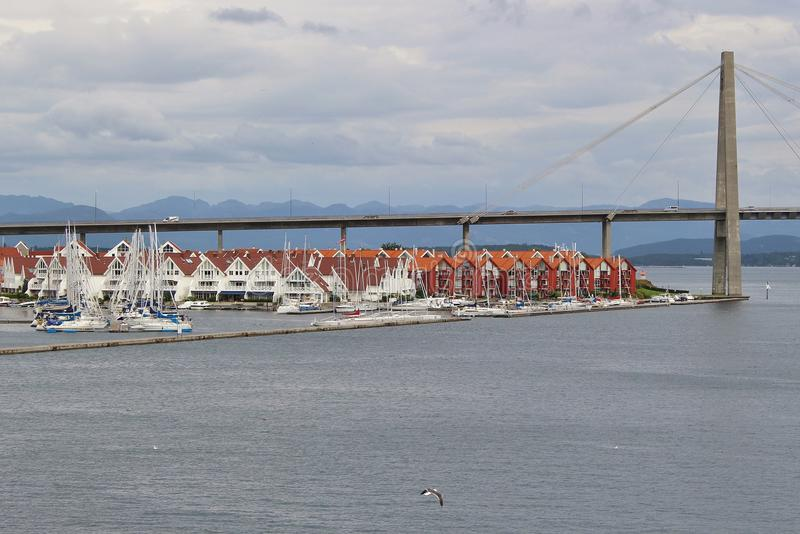 Il ponte della città di Stavanger, Stavanger, Norvegia immagine stock libera da diritti