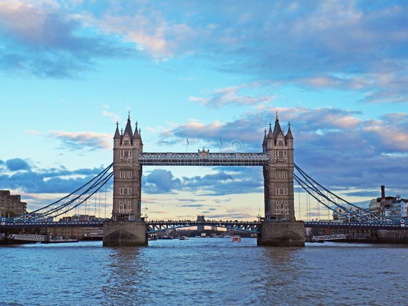 Il ponte della torre, Londra, Inghilterra fotografia stock