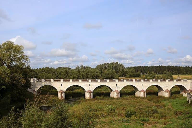 Il ponte di Konuvere è stato costruito nel 1861 L'Estonia fotografie stock libere da diritti