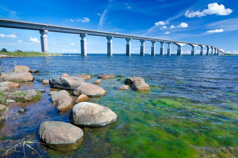Il ponte di Oland nella stagione estiva fotografie stock libere da diritti