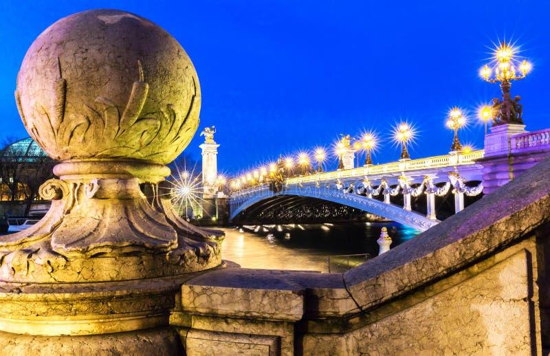 Il ponte famoso di Alexandre III, Parigi fotografia stock