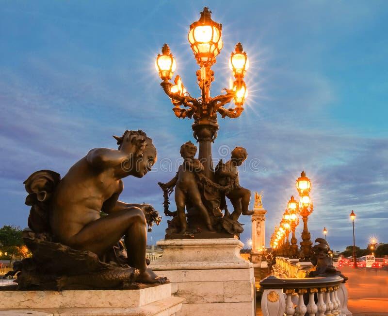 Il ponte famoso di Alexandre III, Parigi, Francia immagine stock